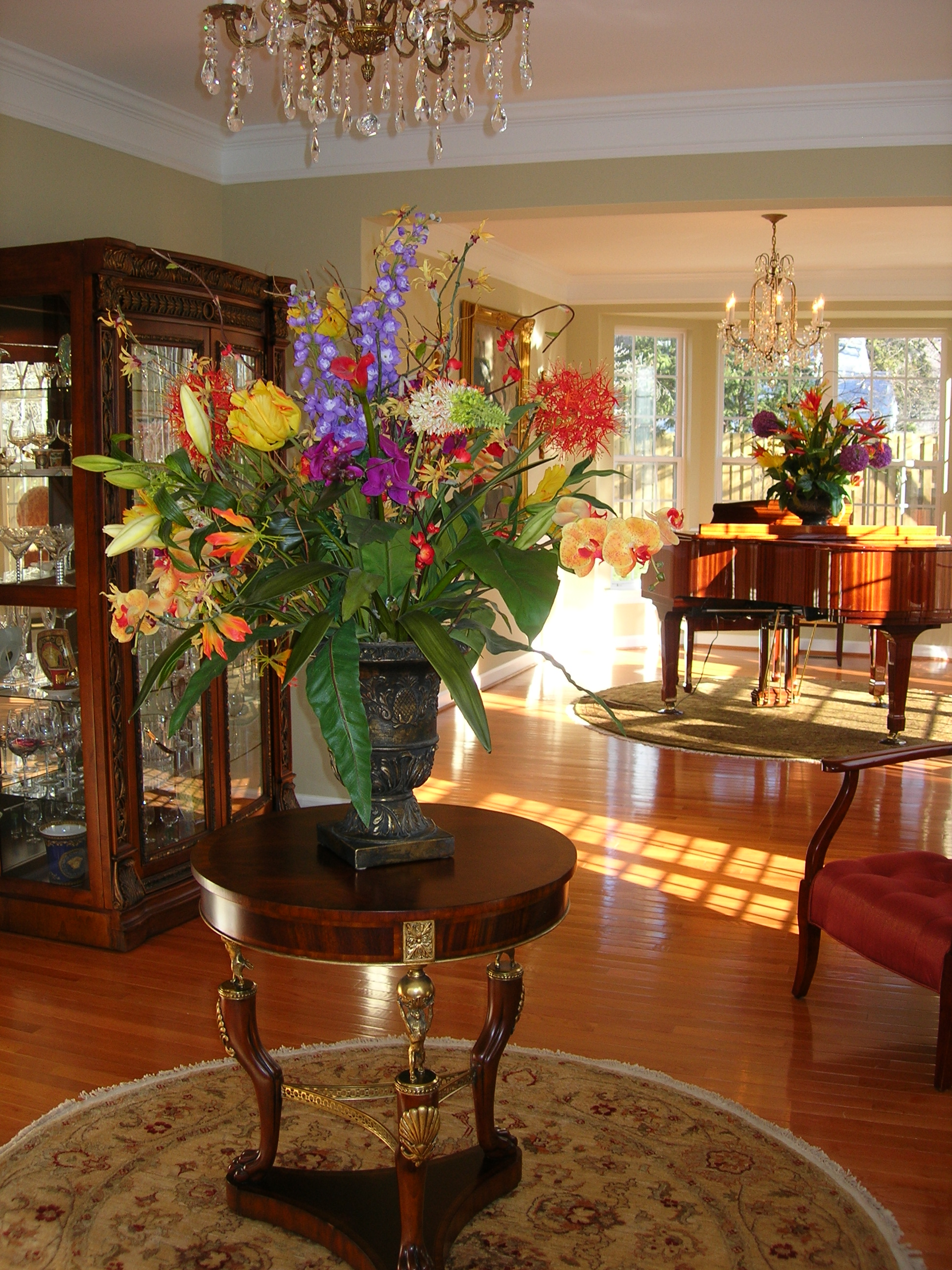 Sold Homes Gallery Flowers On Table