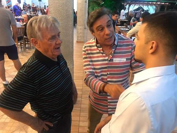 José Carlos Hernandes, Pedro Panvéchio e entrevistador do SBT