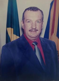 Olendo Golineli Neto - 4 vezes prefeito.