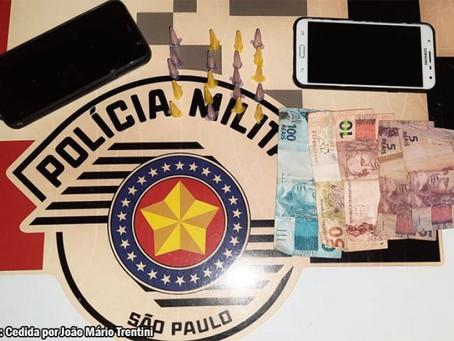 Polícia Militar de Quintana prende indivíduo e apreende 25 eppendorfs de crack