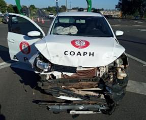 Acidente entre dois carros deixa um ferido em Pompeia