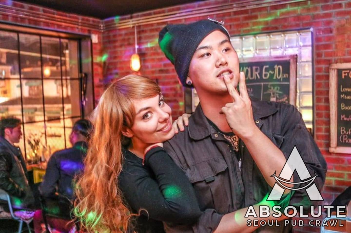 Seoul pub crawl Absolute Korea Hongdae Itaewon Gangnam International Party bar hopping crawlers tour