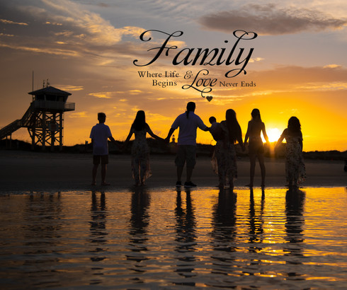 Family reunion portrait beach session
