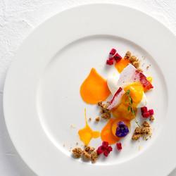 Unbaked-cheesecake-and-mango