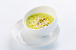 Chilled green peas soup