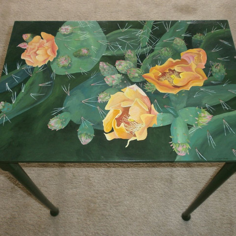 Blooming Cactus Table