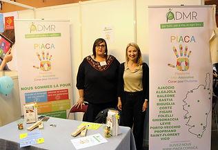 Le stand Piaca (ADMR) et Isabelle Fellic