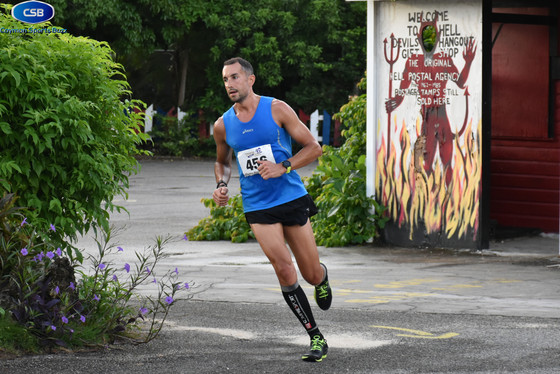 Double win for Harfield in Pirates Week 5k and 10k events