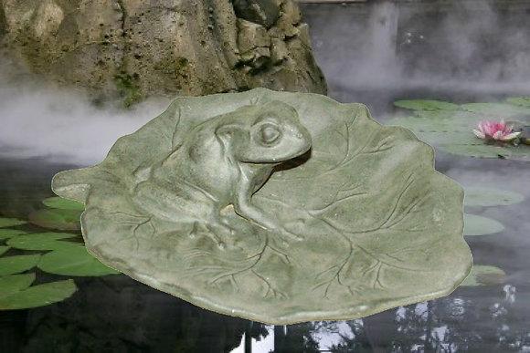 85059M Frog Birdbath