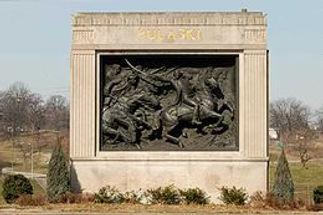 Casimir Pulaski monument 01.jpg