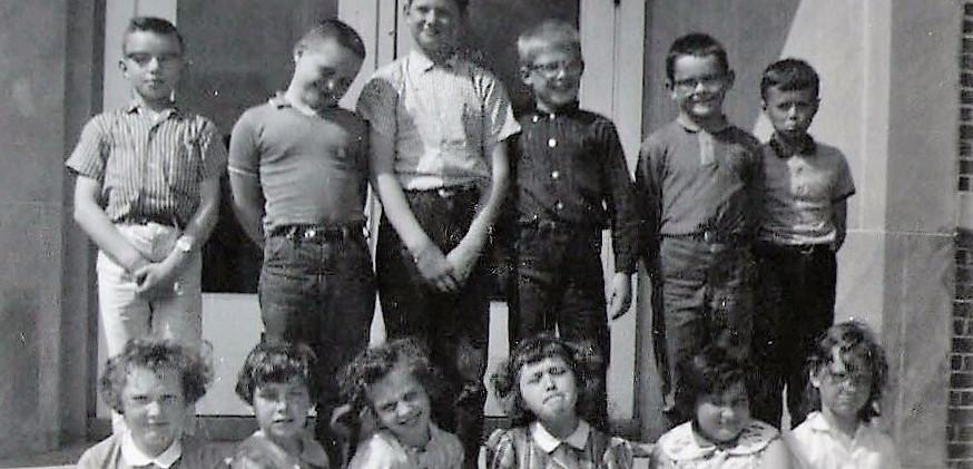 13 1961 4th Grade.JPG