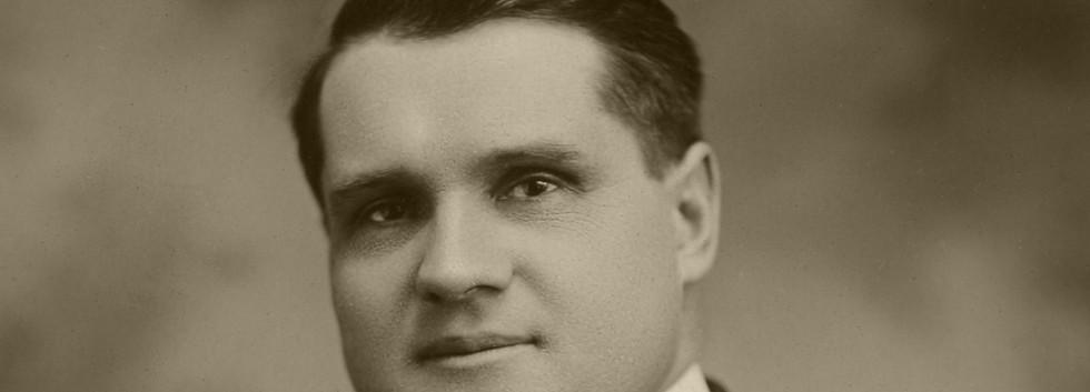 6 Rev E G Richter, ca 1922.jpg