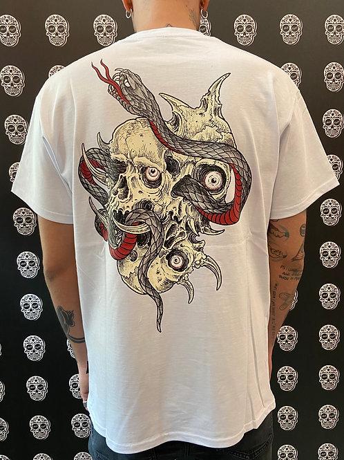 Propaganda t-shirt skateful white