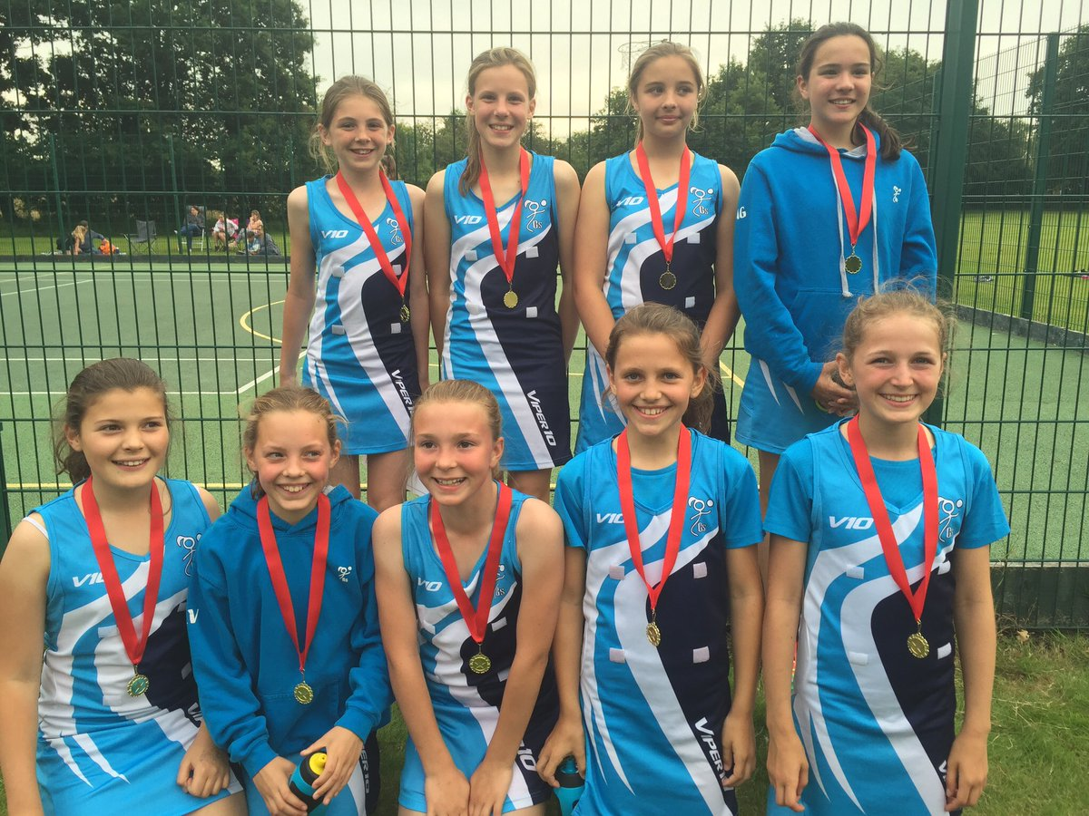 U11s winning Wokingham Summer League