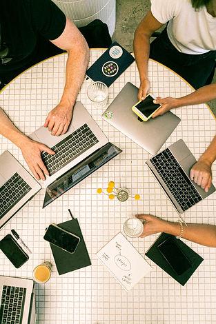 photo-of-people-using-laptop-3194519.jpg