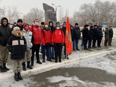 Митинг ко Дню памяти солдат, погибших в Чечне.