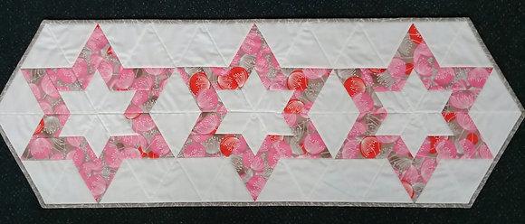 Hollow Star Runner ready-made-quilt