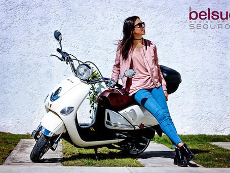 ¿Es obligatorio llevar el recibo bancario del seguro en el coche o la moto?