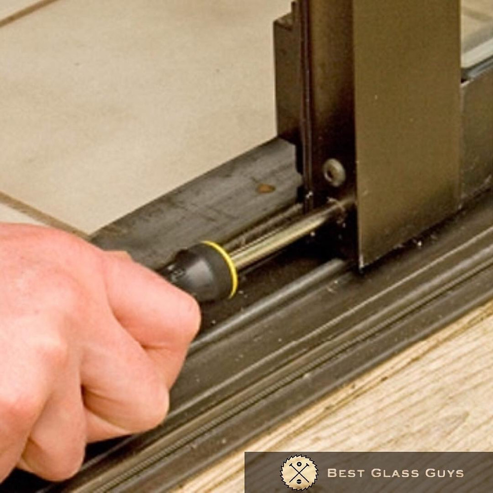 Roller repair sliding door