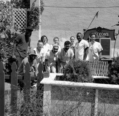University of Maryland nursing students visit the garden.