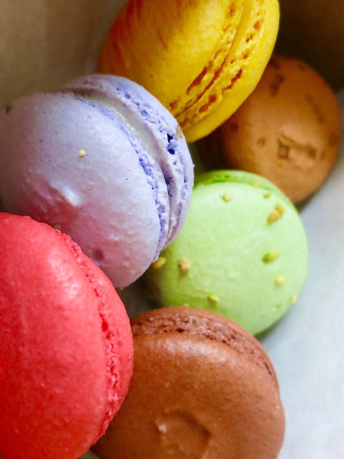 Fresh Handmade Macarons by Tous Les Jours (Add-on)