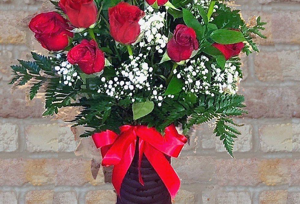 Radiant Dozen Red Roses