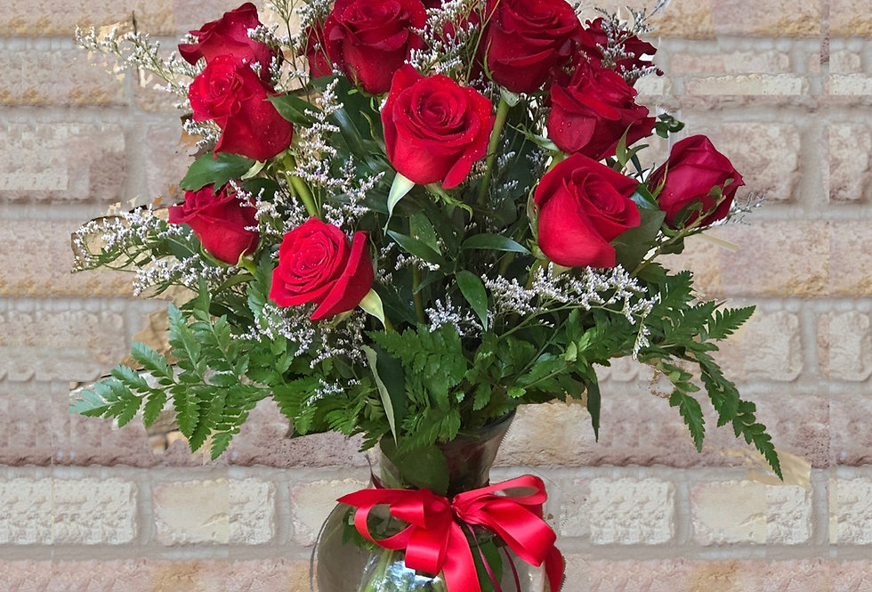 Exotic 18 Red Roses Bouquet