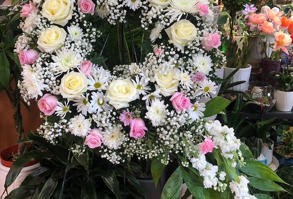 Enduring Grace Standing Wreath