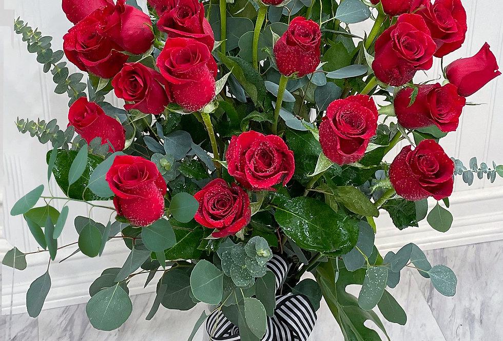 PREMIUM Long-Stemmed Roses
