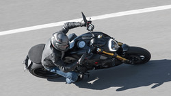 Diavel-1260-S-MY19-Ambience-11-Gallery-1