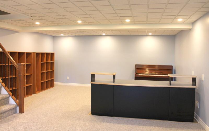 Ottawa Finished Basement Office