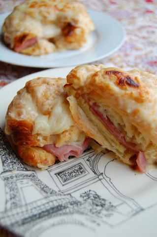 Croque Monsieur Croissant!