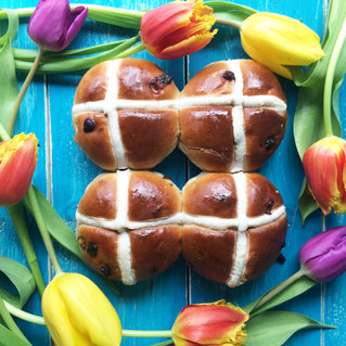 It's not Easter without warm hot cross buns, our soft buns with extra currents and glaze are all kin