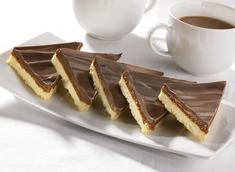 HCC011501 Caramel Shortcake Traybake