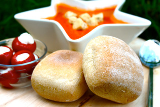 Add a warm touch to your menu with our gluten free bread rolls...