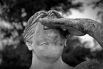 statue-1477830_1280.jpg