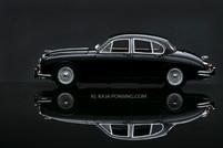 Jaguar Mark II.jpg
