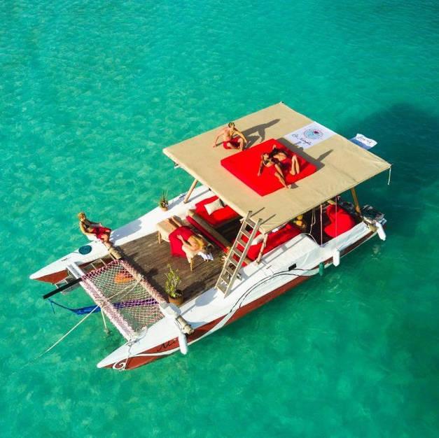 Nimfa  chillout boat