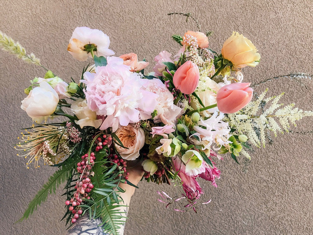 bridal bouquet.  bride wedding flowers.