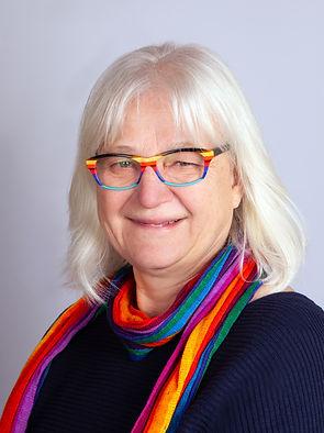 Karin Dobbert