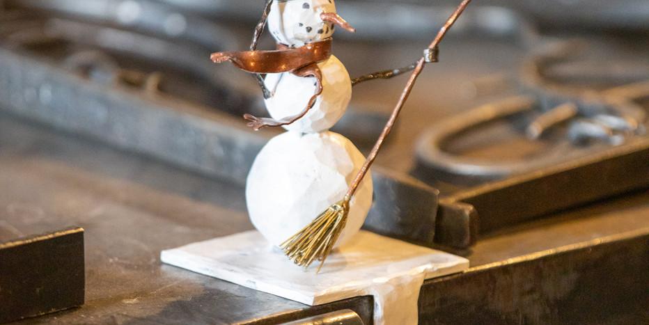 Windy Snow Man: the stocking holder