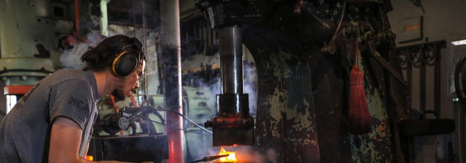 Erie 300lb Hammer