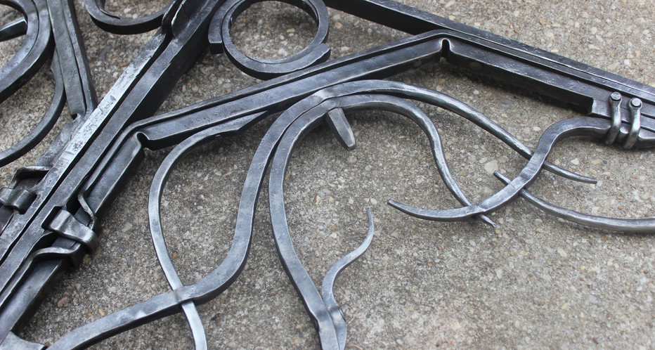 Details of Forged Table Brackets