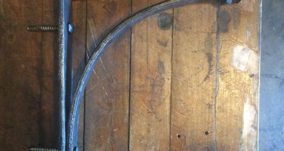 Hammered Shelf Brackets
