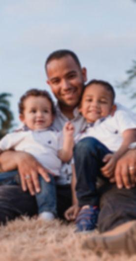 affection-children-dad-1470109.jpg