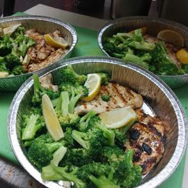 Grilled Chicken veggie plate