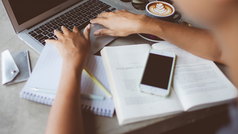 El burnout laboral, síndrome de quemarse en el trabajo ¿Te suena?