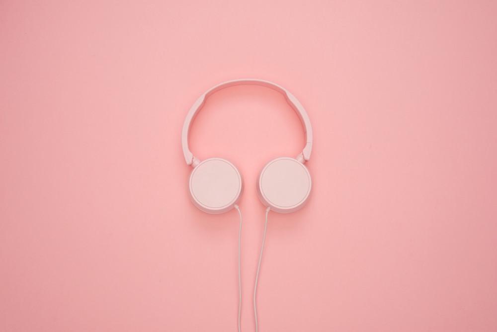 Social listening - headphones