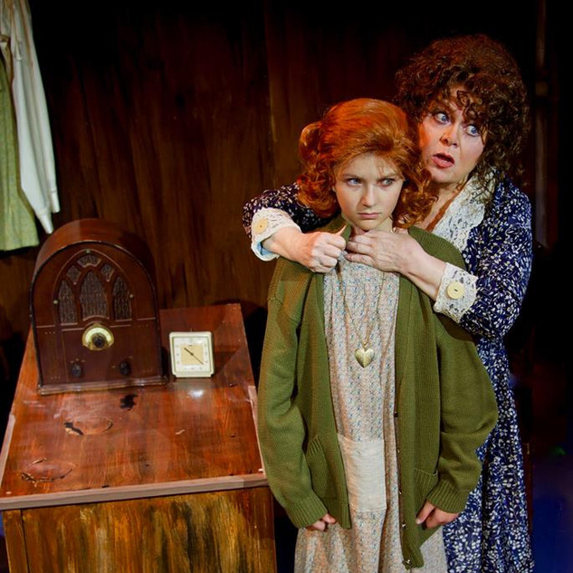 Annie - The Wick Theatre