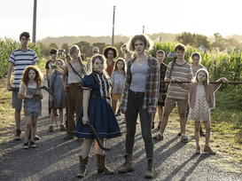 IMAGES | 'Children of the Corn' Reboot Photos Toss Us Back Into Stephen King's Twisted Corn Field...